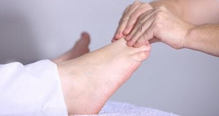 Các bước massage chân đúng cách