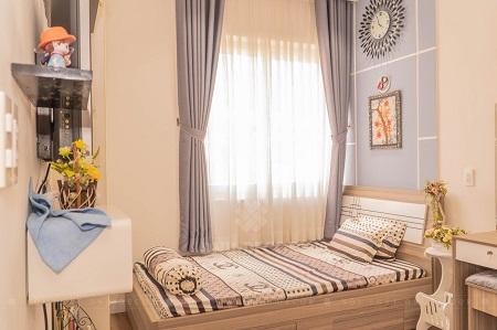 Nên kê giường sát với tường và chọn kích thước phù hợp